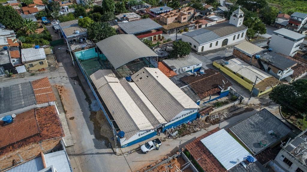 Prédio de escola passa por reformas e vai atender cerca de 120 alunos em Nova Serrana