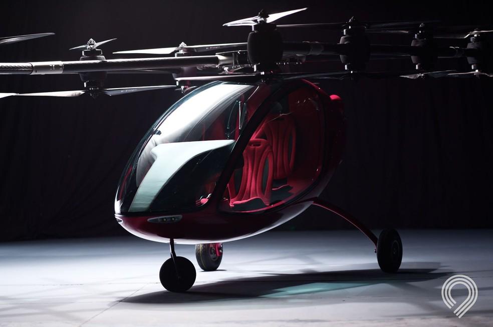 Drone AA360 possui corpo em fibra de carbono e laterais de vidro (Foto: Divulgação/Fly Astro)