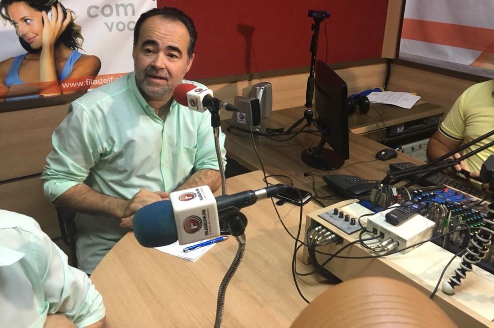Julio Lossio cumpriu agenda de campanha em Taquaritinga do Norte nesta sexta-feira (14)  â?? Foto: Ana Rebeca/TV Asa Branca