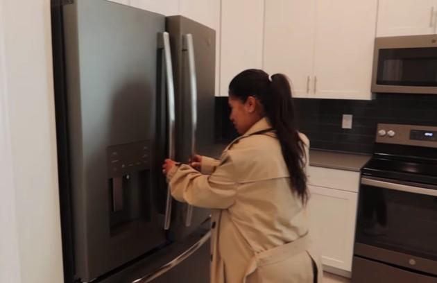Outro ângulo da cozinha de Simone (Foto: Reprodução)