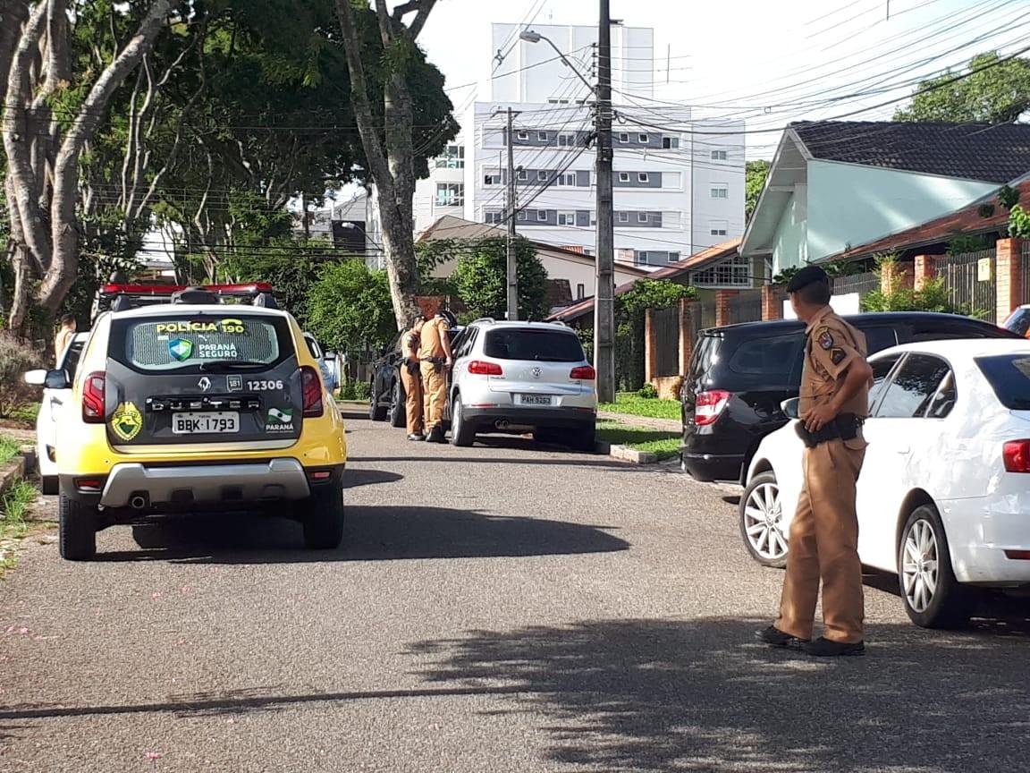 Delegada da PF reage à tentativa de assalto no bairro Mercês, em Curitiba - Noticias