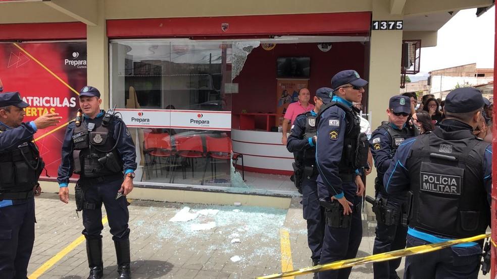 Policiais chegaram minutos após o crime — Foto: Reprodução