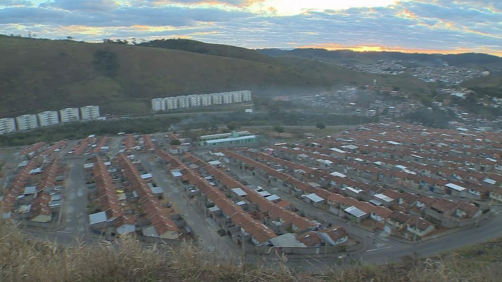 -  Em Juiz de Fora, cerca de 3.600 famílias vivem nos 16 conjuntos residenciais populares  Foto: Reprodução/TV Integração