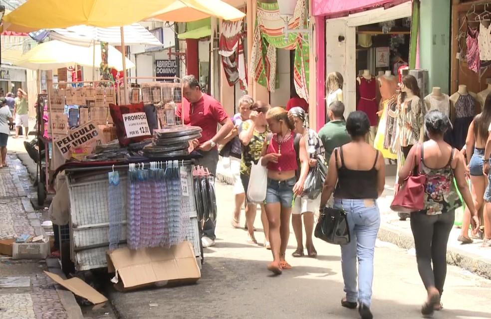 Comércio no Centro do Recife vai abrir em horários especiais no período de Copa do Mundoi, São João e Dia dos Namorados (Foto: Reprodução/TV Globo)