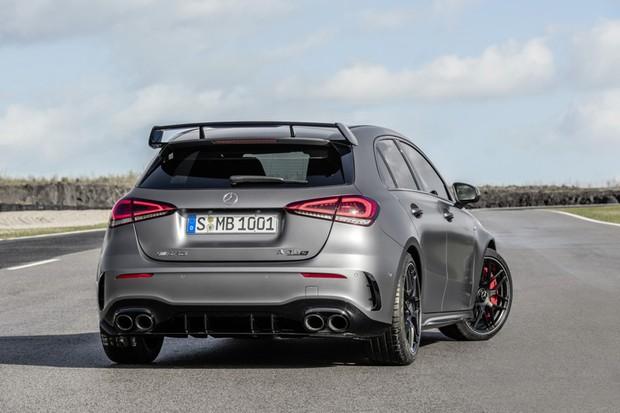 Mercedes-AMG A 45 S 4MATIC+ (2019), Kraftstoffverbrauch kombiniert: 8,4-8,3 l/100 km; CO2-Emissionen kombiniert: 192-189 g/km // Fuel consumption combined: 8.4-8.3 l/100 km; Combined CO2 emissions: 192-189 g/km (Foto:  )
