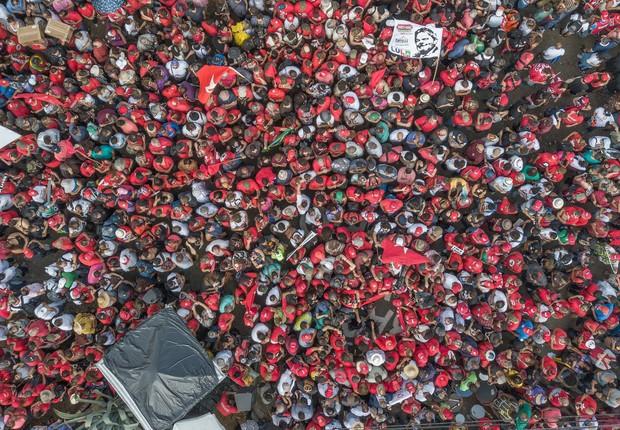 Protesto do 1º de maio em Curitiba reuniu as principais centrais sindicais (Foto: Ricardo Stuckert/Fotos Públicas)