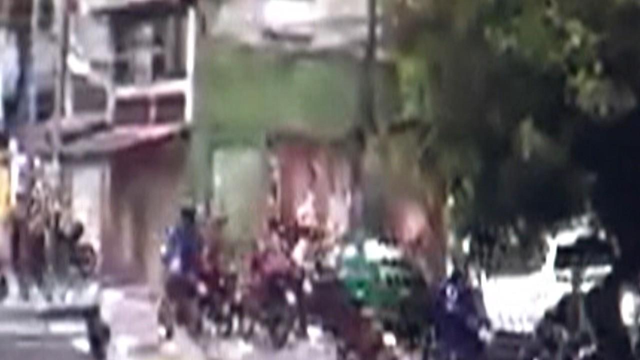 PM de Arujá faz operação de busca por motos e carros usados por frequentadores de baile