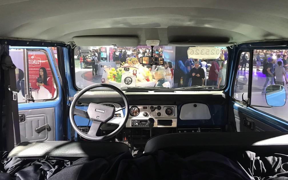 Cabine do Toyota Bandeirante — Foto: André Paixão/G1