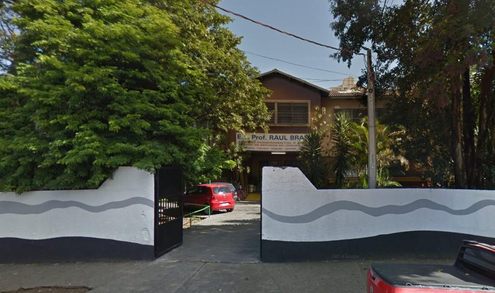 Escola Prof. Raul Brasil, em Suzano, foi alvo de disparos — Foto: Reprodução/GoogleMaps