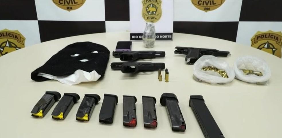 Homem foi preso com granada, armas e munições — Foto: Reprodução/Inter TV Cabugi