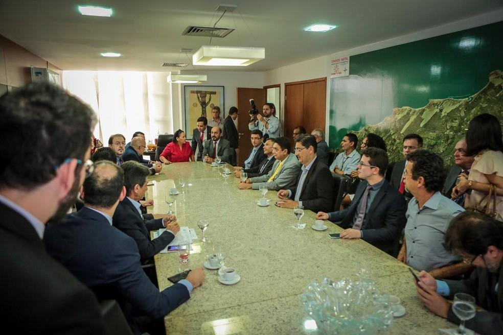 Governo do RN se reúne com Poderes e Banco Mundial para discutir equilíbrio fiscal — Foto: Sandro Menezes