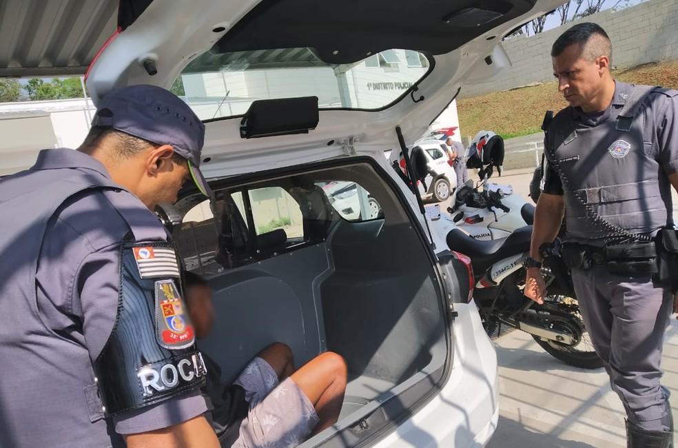 Suspeito de 19 anos foi preso pela PM em Campinas (SP) — Foto: Arquivo pessoal