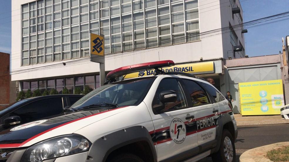 Agência que foi furtada durante o fim de semana em Olímpia (SP) (Foto: André Modesto/TV TEM/Arquivo)