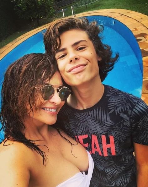 Luiza Tomé e o filho, Luigi (Foto: Reprodução / Instagram)
