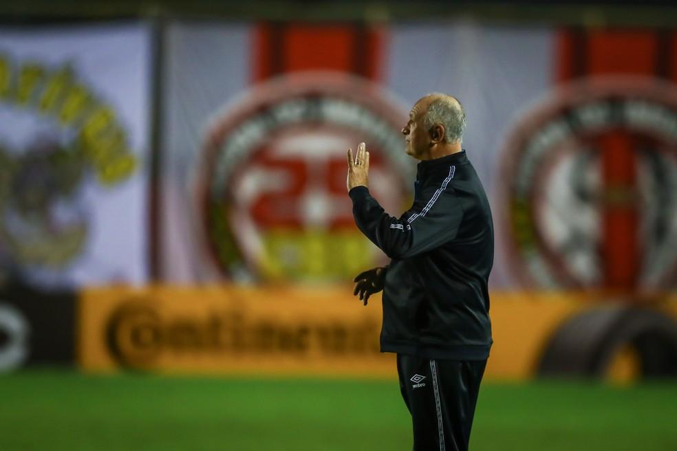 Felipão em vitória do Grêmio — Foto: Lucas Uebel / Grêmio FBPA
