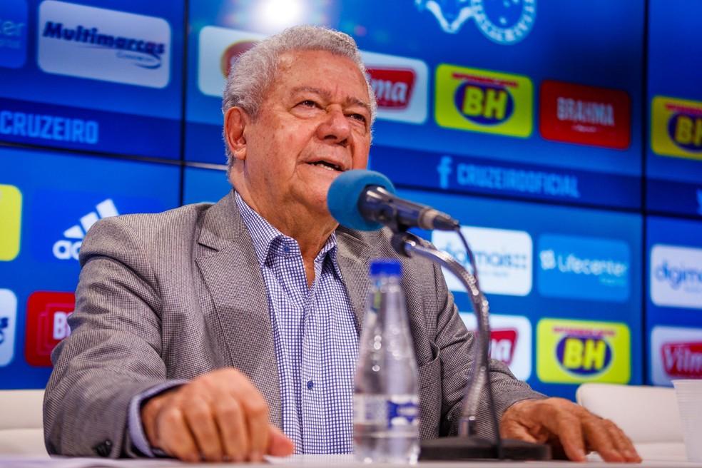 José Dalai Rocha, presidente em exercício do Cruzeiro, fez questão de ressaltar quanto o clube vem sendo procurado — Foto: Vinnicius Silva/ Cruzeiro