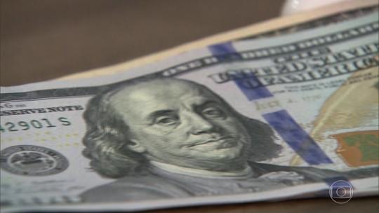 Dólar volta a se aproximar dos R$ 4,20