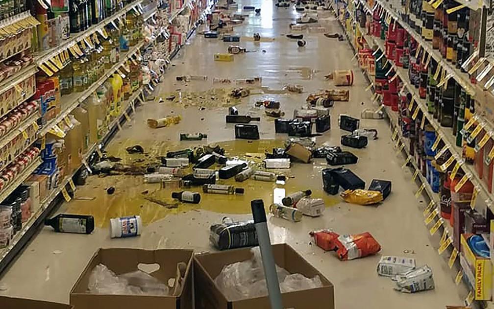 Resultado de imagem para tremor na california