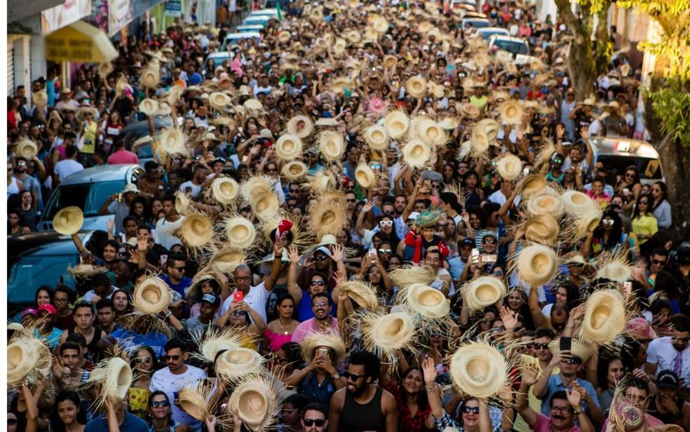 São João pelas ruas de Amargosa, antes da pandemia da Covid-19 — Foto: Divulgação/Prefeitura de Amargosa