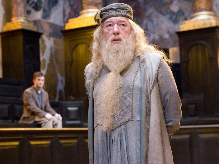 Dumbledore aparecerá mais jovem em sequência de Animais Fantásticos 2 (Foto: Divulgação)