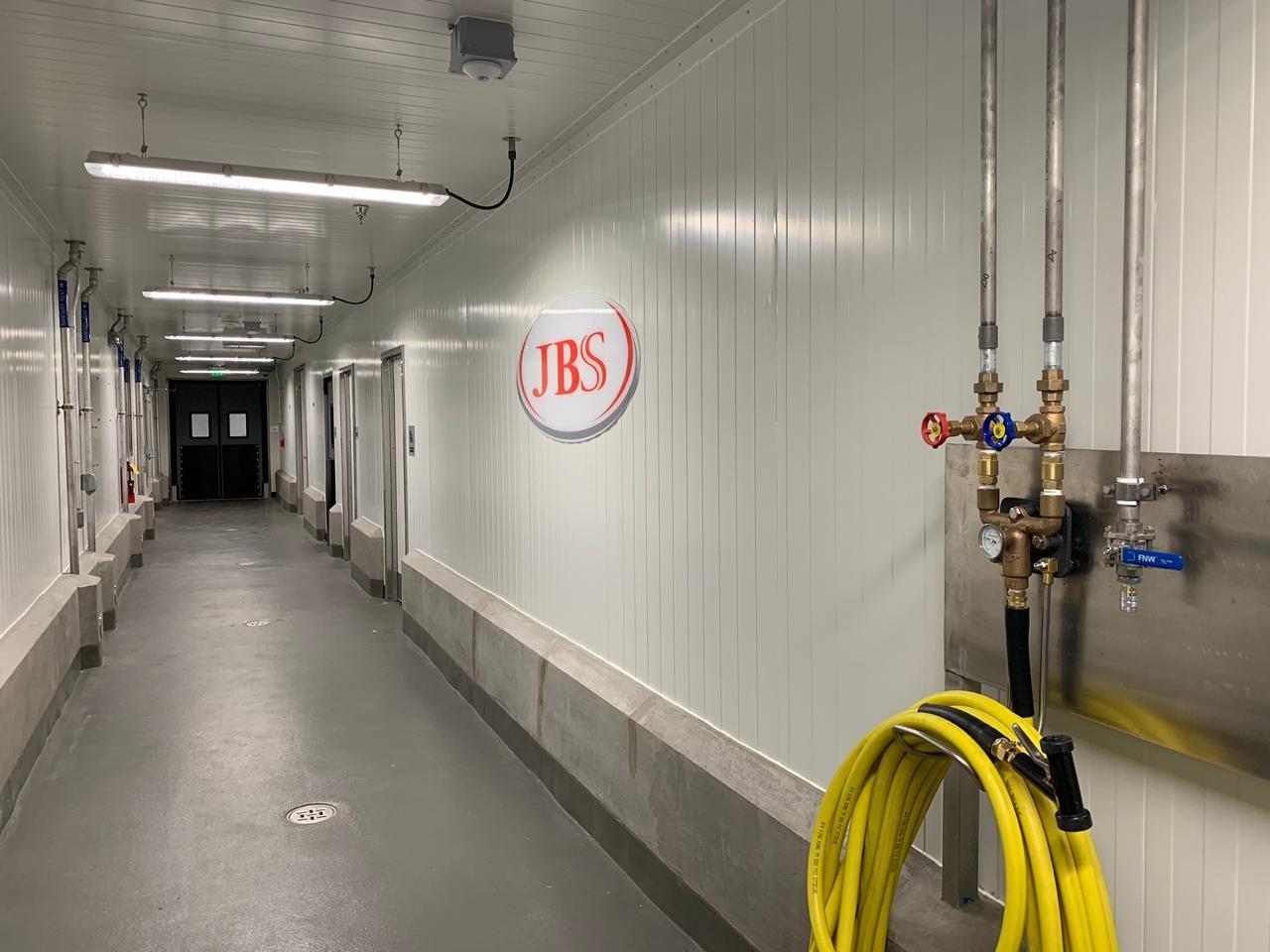 Instalações simulam uma fábrica de carnes - Centro Global de Inovação de Alimentos da JBS (Foto: Divulgação)