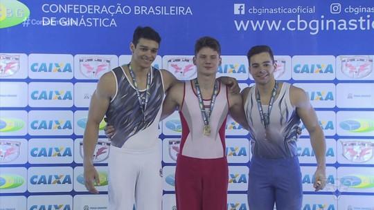 Arthur Zanetti e outros nomes da ginástica artística marcam presença no Brasileiro, em Praia Grande