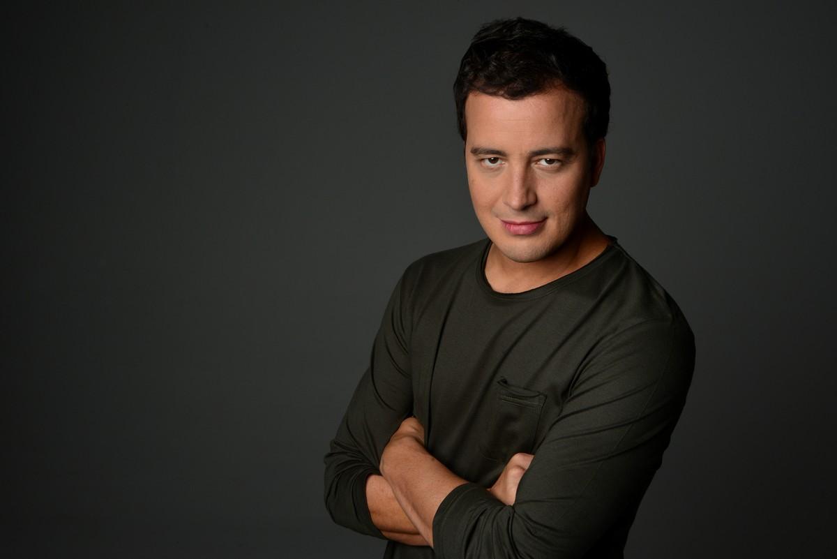 Comediante Rafael Cortez se apresentará em Mogi; troca de ingressos começa nesta terça