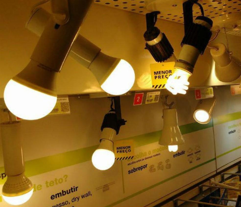 Especialista destaca as vantagens das lâmpadas de LED nas residências — Foto: Divulgação