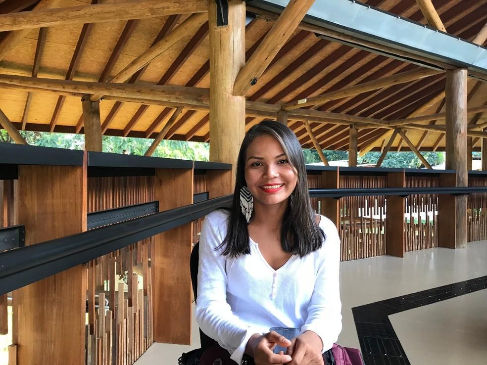Ingrid Rodrigues, de 21 anos, estuda direito na Universidade de Brasília (UnB) (Foto: Marília Marques/G1)
