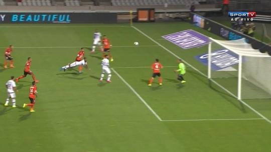 Lyon não marca em lance incrível e apenas empata na estreia de Rafael