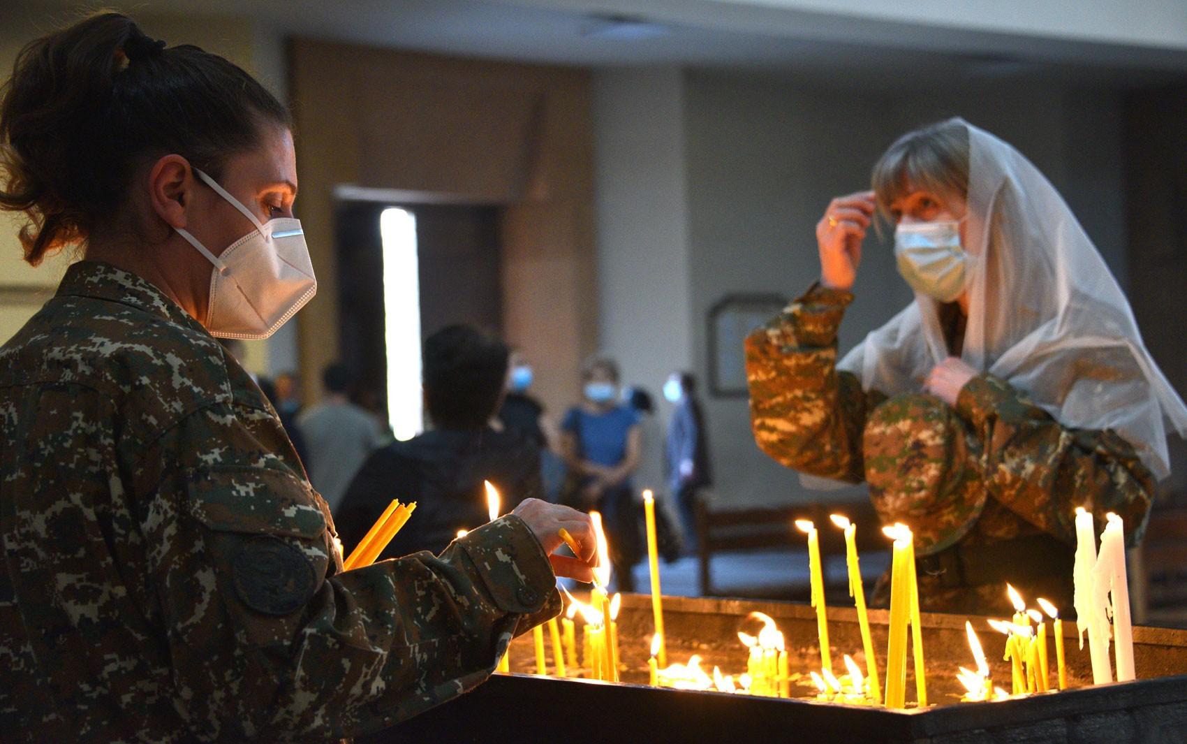 Armênia e Azerbaijão declaram trégua humanitária a partir de domingo