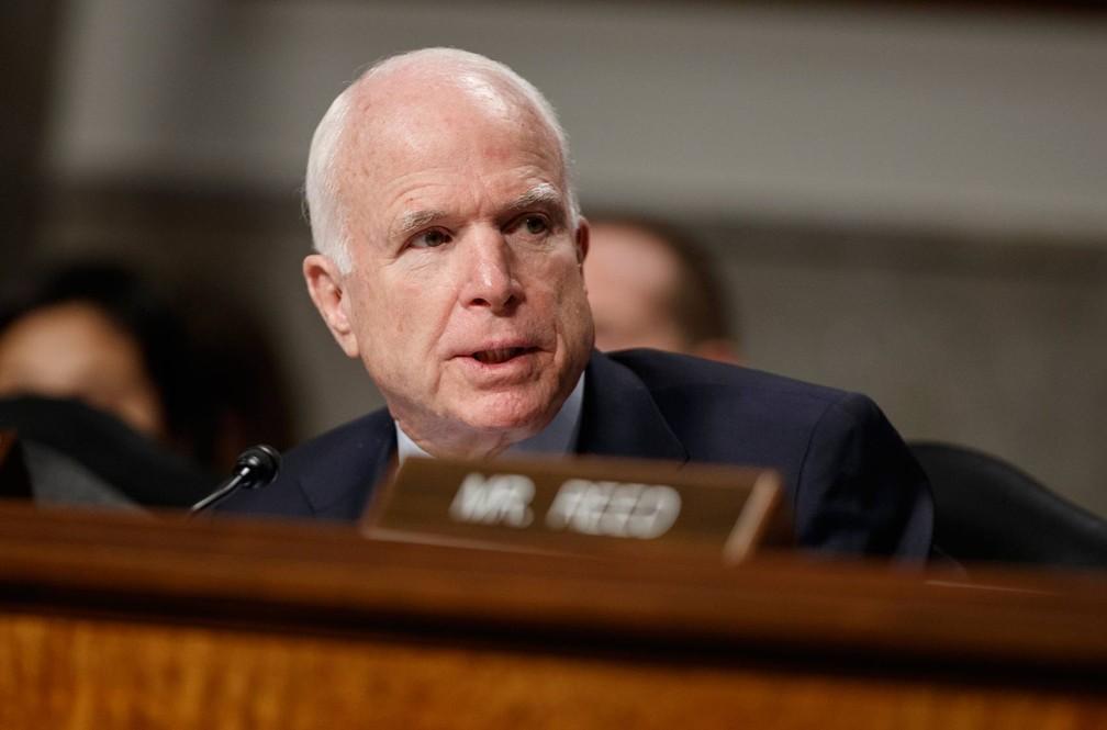 Senador epublicano John McCain foi diagnosticado com glioblastoma em julho deste ano (Foto: Evan Vucci/AP)