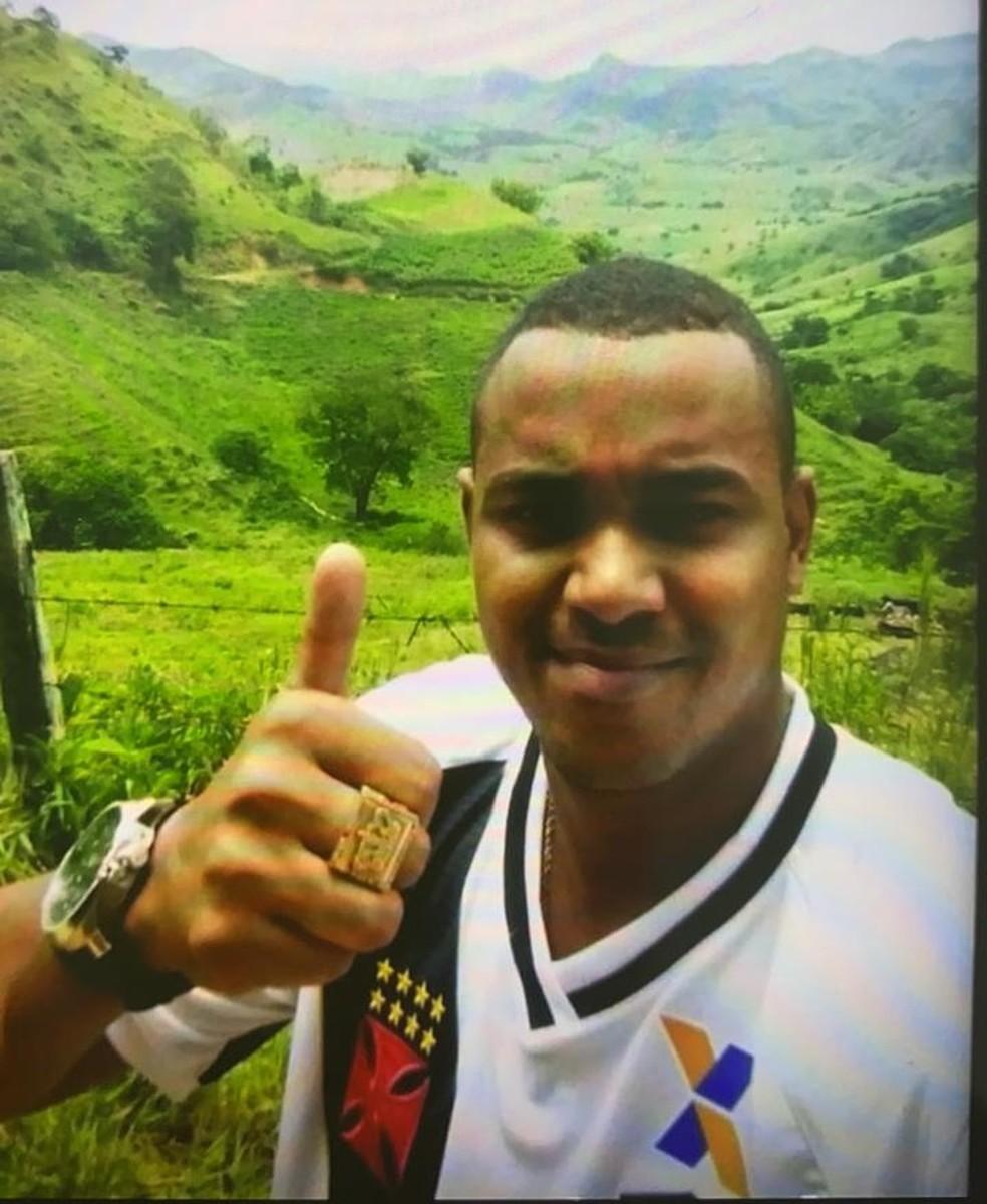 Álvaro Malaquias Santa Rosa, o Peixão, apontado como chefe do tráfico em cinco favelas da Zona Norte do Rio — Foto: Reprodução