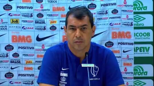 """Carille vê Corinthians abaixo, mas fala em """"não buscar fantasmas"""" e mira decisões na Arena"""