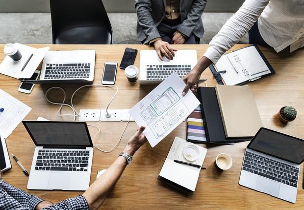 LinkedIn leva em consideração empresas com, no máximo, 7 anos de existência e que tenham pelo menos 50 funcionários, entre outros critérios (Foto: Pixabay)