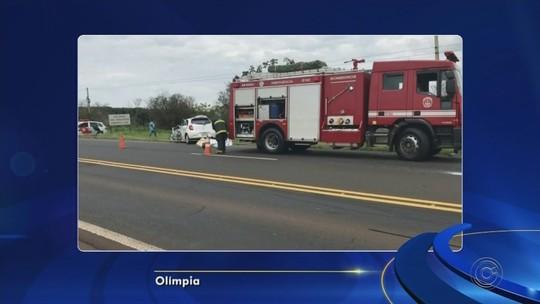 Mãe e filha morrem em acidente entre carro e caminhão em rodovia de Olímpia