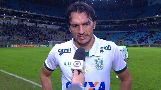 """Matheus Ferraz após mais uma derrota fora de casa:""""Falta detalhe pra definir"""""""