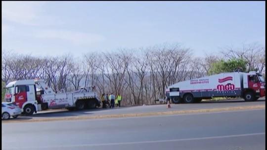 Motorista embriagado causa acidente com ônibus na BR-050 entre Uberlândia e Araguari, diz polícia