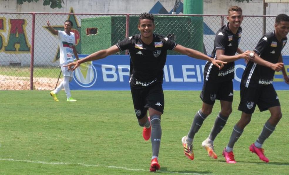 Botafogo vence a Portuguesa pelo Carioca Sub-20 — Foto: Fabio de Paula/Botafogo