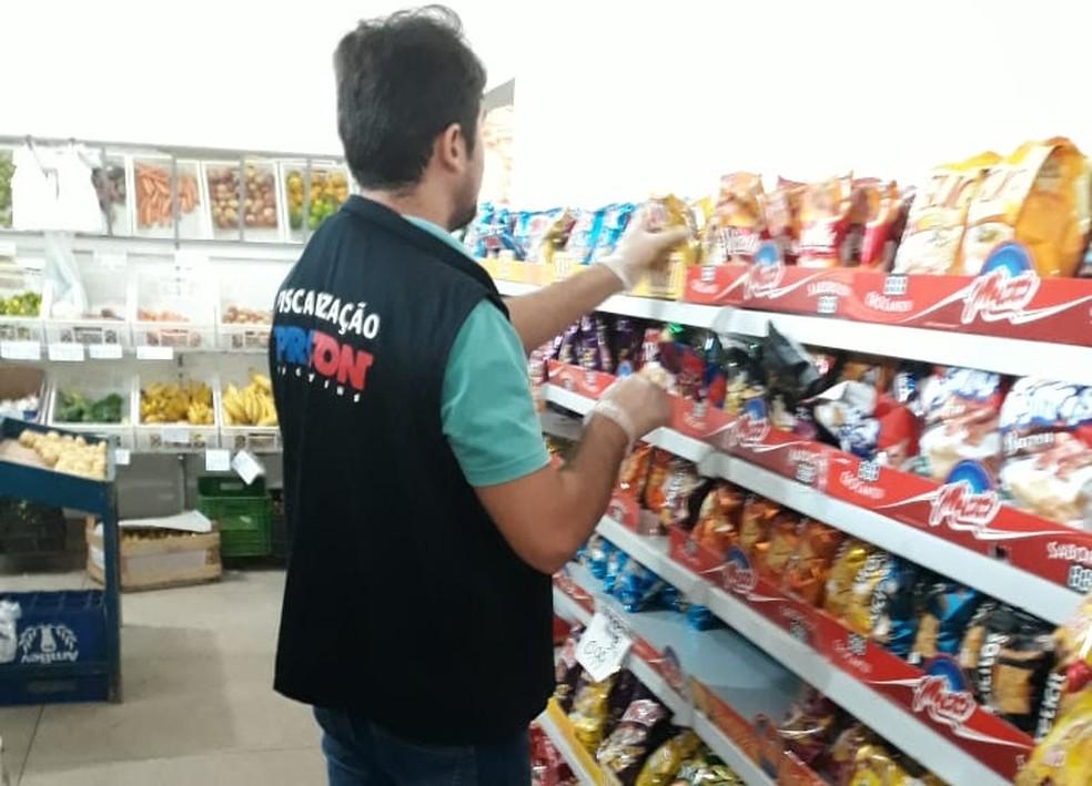 Fiscalização ocorreu em várias cidades do estado — Foto: Procon/Divulgação