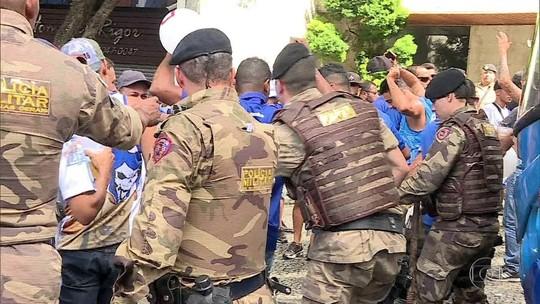 Fantástico acompanha operação policial para evitar brigas de torcidas organizadas