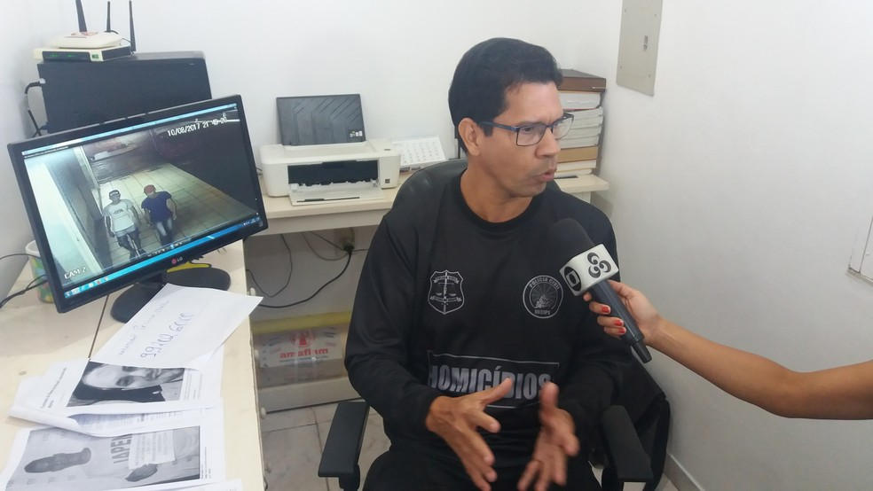 Delegado Ronaldo Coelho, da Delegacia de Homicídios (Foto: John Pacheco/G1)