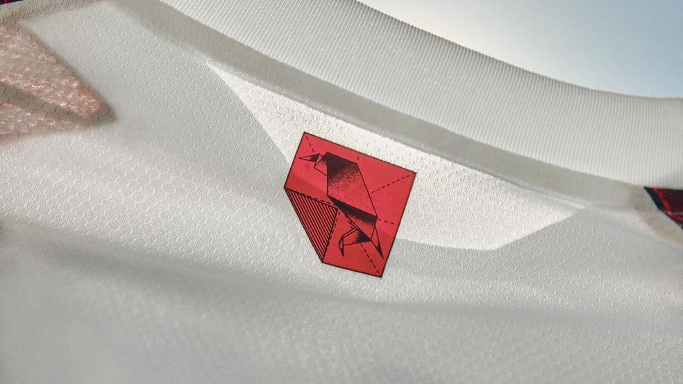 Origâmis são alguns dos detalhes da nova camisa do Fla — Foto: Divulgação