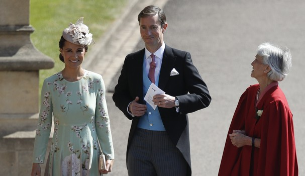 WINDSOR, UNITED KINGDOM - MAY 19:  Pippa Middleton (L) and her husband James Matthews arrive at St George's Chapel at Windsor Castle before the wedding of Prince Harry to Meghan Markle on May 19, 2018 in Windsor, England. (Photo by Odd ANDERSEN - WPA Pool (Foto: Getty Images)