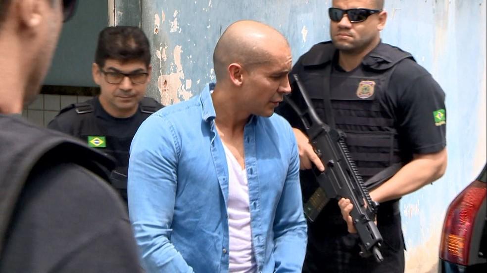 Juan Pablo chegou ao Espírito Santo na manhã desta quinta-feira, 12 de dezembro — Foto: Ari Melo/TV Gazeta