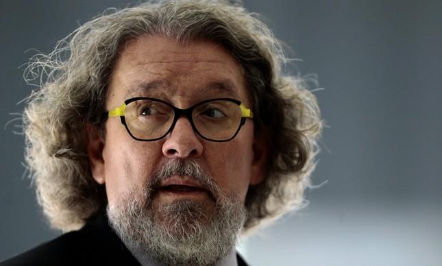 Kakay sugere à CPI que Bolsonaro seja indiciado por homicídio
