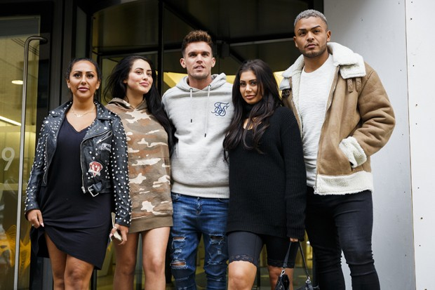 Sophie Kasaei, Marnie Simpson, Gary Beadle, Chloe Ferry e Nathan Henry, participantes do Geordie Shore (Foto: Getty Images)