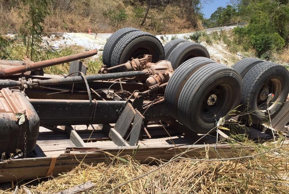 Acidente aconteceu na manhã na TO-386 (Foto: Divulgação)
