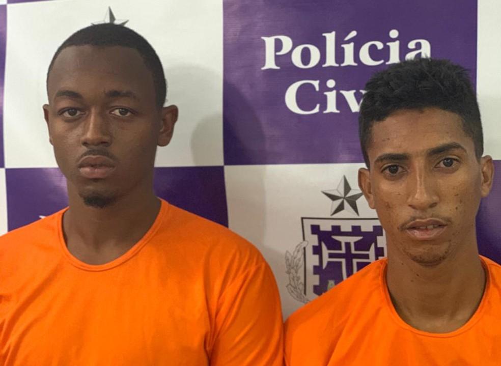 Dois suspeitos foram presos em flagrante — Foto: Divulgação/SSP-BA