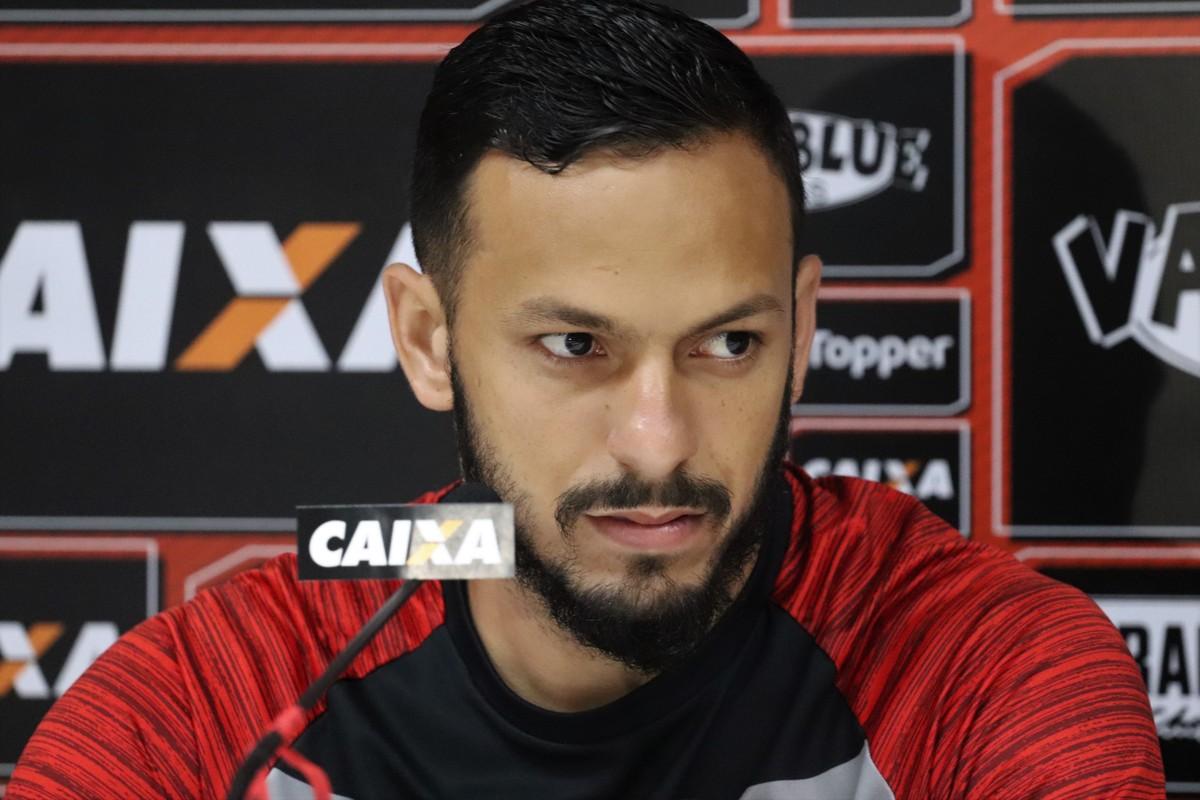 """Yago destaca chance de assumir liderança do Baiano e elogia Juazeirense   """"Equipe muito forte""""  cd0cb4c7a4d66"""